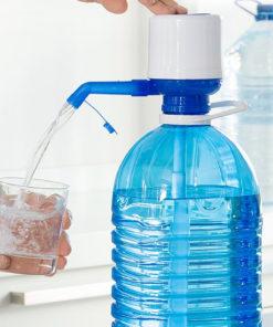 Dozator de apă pentru carafe